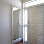 玄関周り 鏡付
